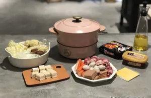 家庭版部队火锅做法,别说它是麻辣烫…