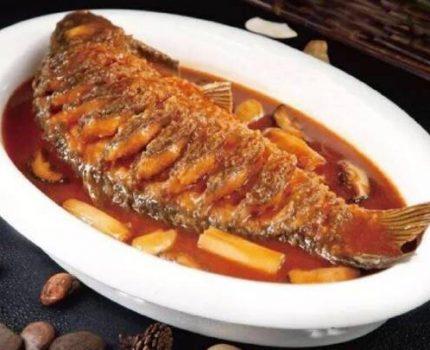 好吃的河南特色菜,红烧黄河大鲤鱼!