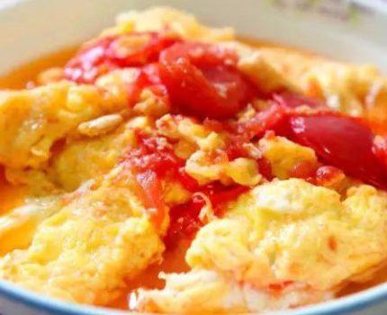 西红柿炒鸡蛋少了一个步骤,营养都白吃了