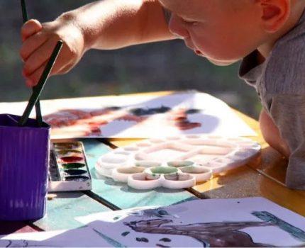 """为什么有时,我们""""看不懂""""孩子的画?"""