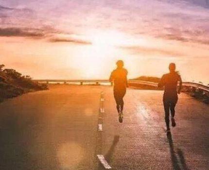 怎样跑步才能让膝盖避免受伤?