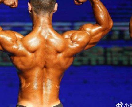 想要练出好看的背部,需要注意这3点