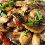 营养丰富的耗油口菇-减肥佳品啊