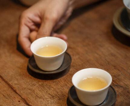 普洱茶小常识:香气怎么闻?厚指什么?