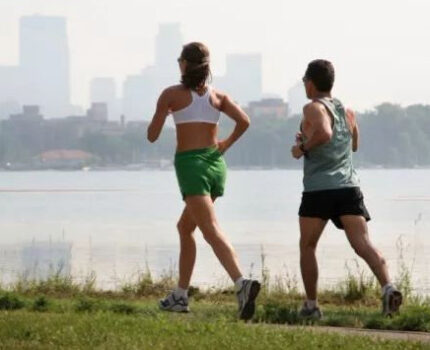听说跑一次马拉松就能瘦3斤,是不是真的?