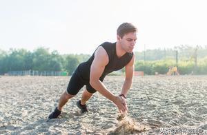 又不想耽误吃又想减肥的,可以试试HIIT这种训练方式