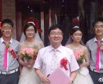 一对双胞胎娶一对双胞胎,两对孩子出生后,家人们都坐不住了