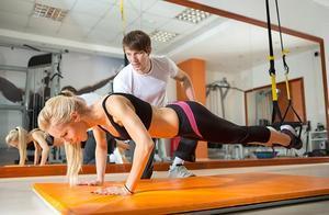 如何提高核心力量?5个健身球核心训练小技巧,快速提升效率