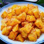 土豆又出新吃法,教你简单一做,比干锅土豆做法简单,比薯条好吃