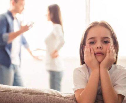 孩子写作业慢家长训斥,不良家庭氛围影响身心,需了解内在原因