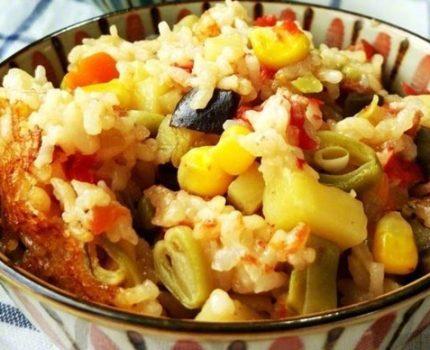 【家常焖饭】简单方便,食材随心搭配。很好吃哦~ 