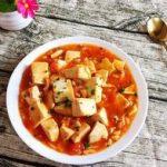 教你在家做西红柿炖豆腐,鲜香美味汤汁很下饭