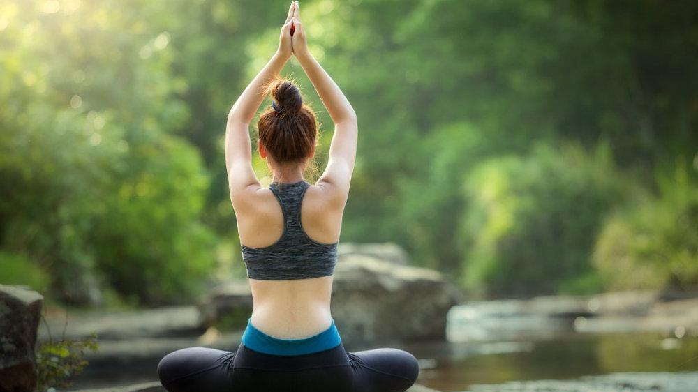 初学者想要快速get瑜伽劈叉,先做这6个简单的动作就很有效!