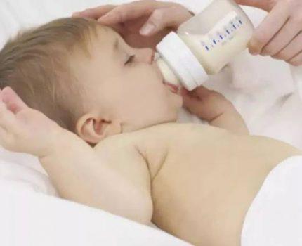 孩子奶粉泡的太浓,对孩子会有这些影响