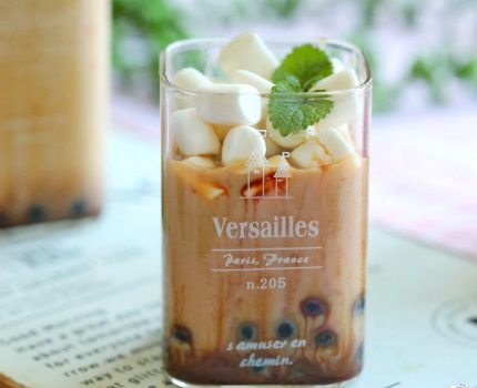 夏日必备奶茶,花样做法也简单,奶香浓郁特好喝,学会不用买着喝