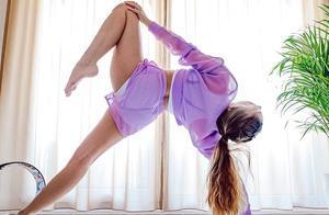 想进阶更多瑜伽高难体式?从这套核心动作序列开始吧