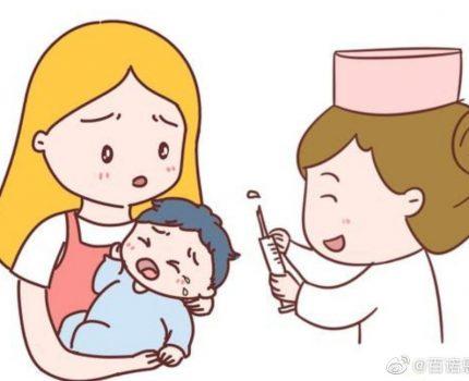 """宝宝总是""""对眼""""正常吗?"""