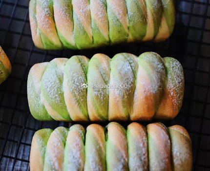 双色抹茶旋风卷面包