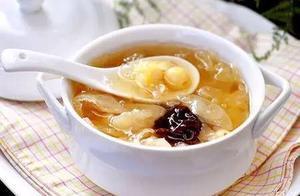 美食分享:西梅银耳羹、豆腐炖黄甲鱼、阿胶乌鸡汤的简单做法