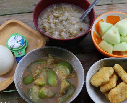 早餐就喜欢喝粥,隔几天就要吃一回,开胃解腻,特别管饱