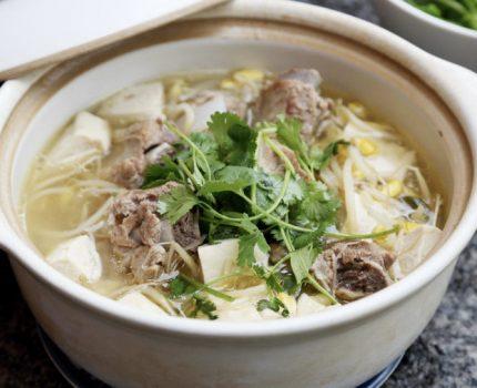 焯水焯水,肉味全无,试试武汉人的传统做法,汤浓肉更香!