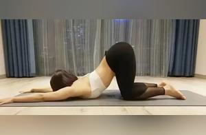 8个深度拉伸动作,缓解背部僵硬,脊柱越练越越灵活