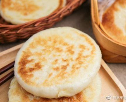 早餐这做法,不揉面也不擀面,筷子一搅就能吃,放凉了也不发硬