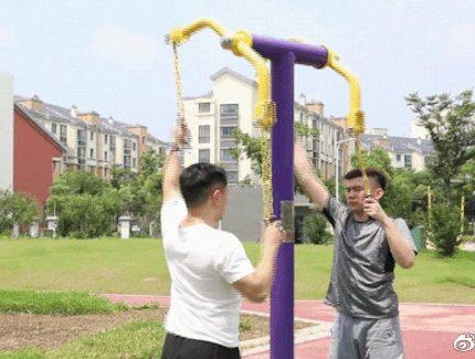 社区这么多公共健身器材,你都能正确使用吗?