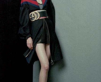 女星李溪芮,有着腿长人美身材好的著称,她的运动方法这么特别