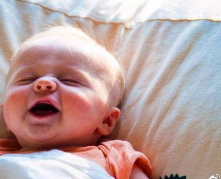 辟谣,乳头凹陷不能母乳喂养?只需三招让宝宝喝上营养香甜的母乳