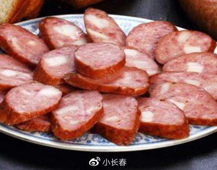 尔滨中央大街必吃美食:辣炒羊蝎子上榜,黄桃锅包肉是特色