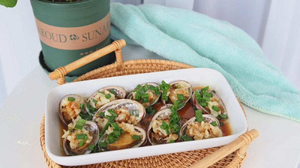 鲍鱼最鲜美的吃法,肉质肥嫩Q弹,第一次做就被家人表扬