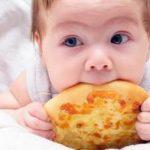 8-12个月宝宝爱吃的5款辅食,营养丰富好吸收,做法很简单
