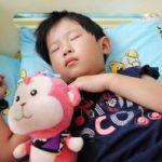 孩子不肯睡午觉,学会这几招,让孩子乖乖午睡