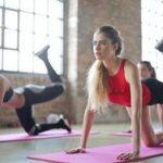 六个动作在家练,每天锻炼二十分钟,帮你拥有紧致腰腹