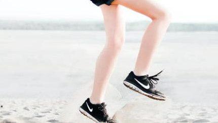 """运动出美腿——教你几个跑步告别""""萝卜腿""""的小妙招!"""