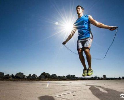 跳绳会导致腿越变越粗吗?关于跳绳的三大误区,你中了哪一条