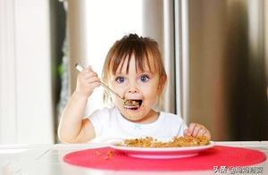 无法理解不给孩子吃盐?那是你不清楚这些事,看完秒懂