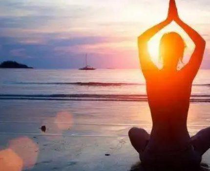 瑜伽如此简单?