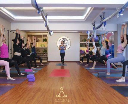 瑜伽!提升优雅气质,轻松拥有好身材!