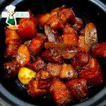 红烧肉的家常做法,不炒糖色、不加大料,简单一焖,色泽红亮鲜香