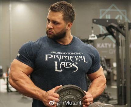 胸肌成为他进步最快的部位,因为用上这7个动作