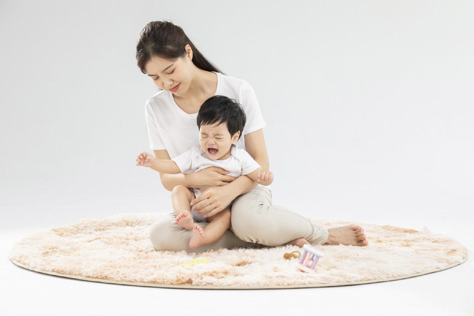 宝妈的假期烦恼,孩子作息被打乱,闹觉哭、哄不睡该怎么办