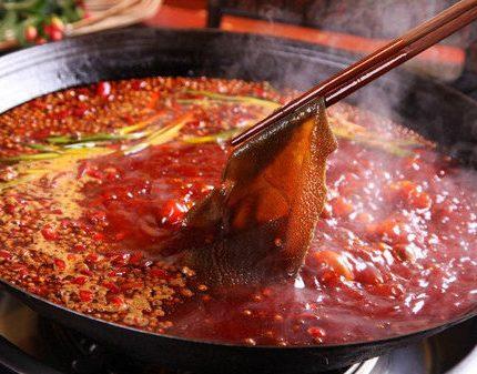 教你自己做火锅底料,干净卫生,经济实惠,朋友都夸我做的好吃!