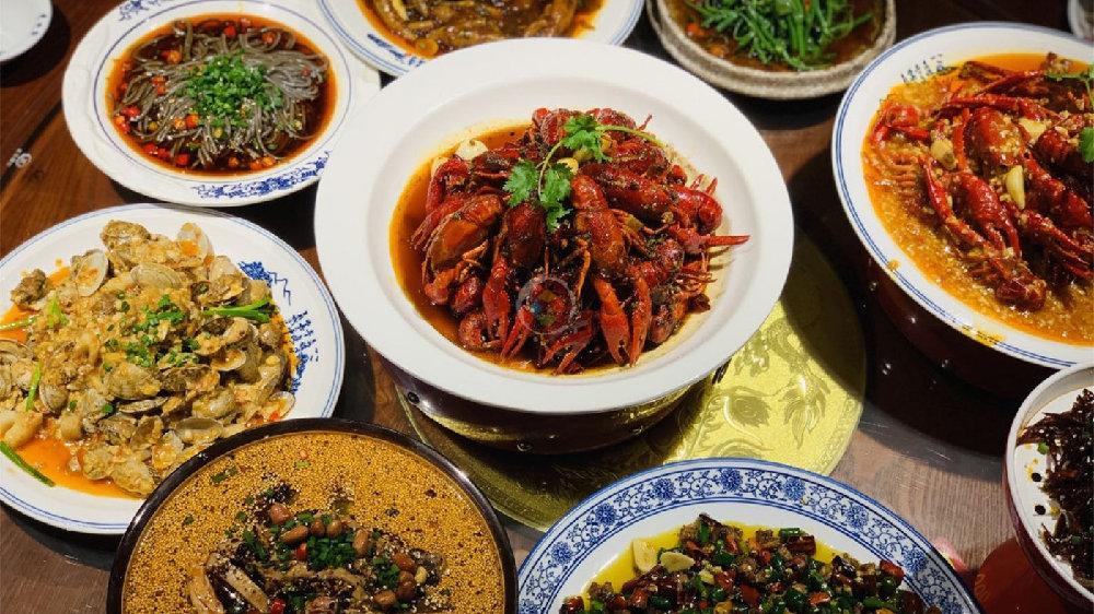 术业有专攻,重庆作为火锅之都,小龙虾做得比长沙还