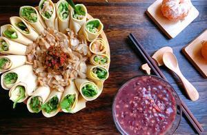 我的早餐日记:减脂餐,用两张干豆腐卷青菜做一道花开富贵