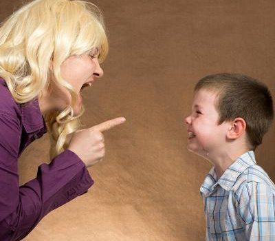 哈佛医学博士:语言暴力会改变大脑结构,对孩子影响巨大