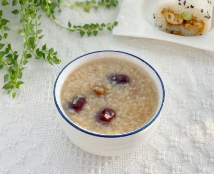 重阳节到了,给爸妈煮一锅安神滋补的养生粥,暖身暖胃好滋味