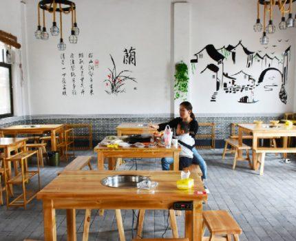 假期来党家村旅游有口福了,韩城这家新开的鸽子汤火锅号吃不贵!