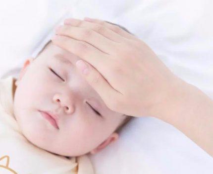 宝妈注意!宝宝发生这些症状竟是生病的前兆!